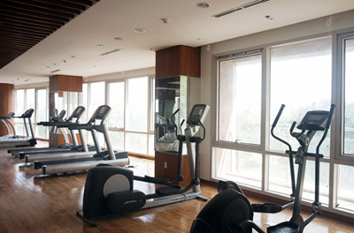 thiet-bi-hien-dai-fitness-center-xi-riverview-palace